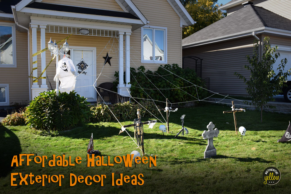 Affordable halloween exterior decor ideas